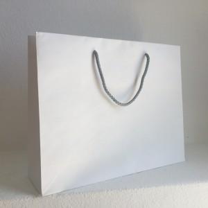 saco generico com asa de cordão branco